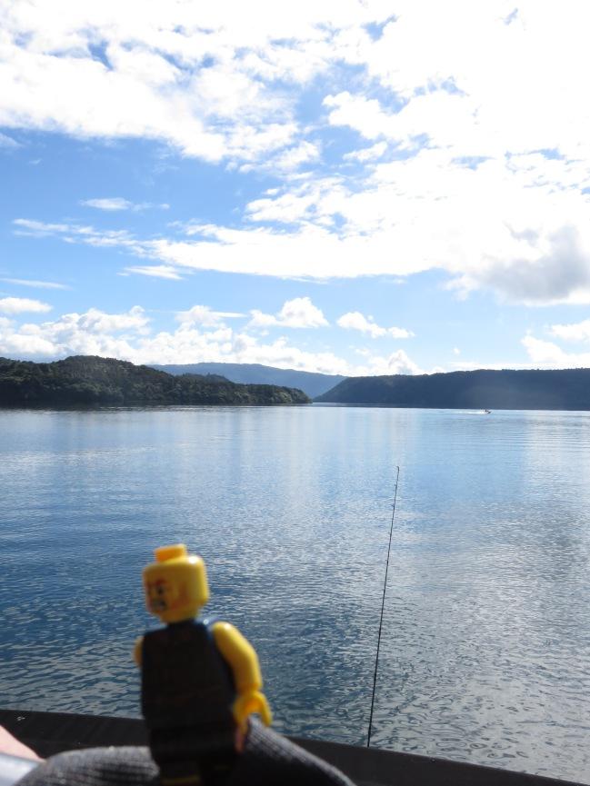 vista a un lago en Rotorúa  antes de subirnos a un Kayak