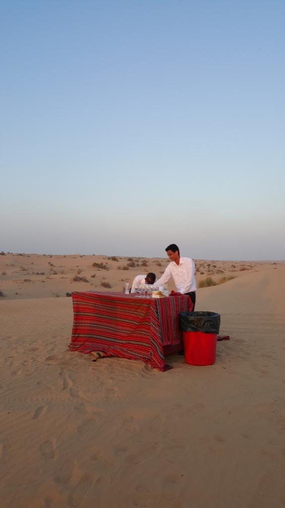 Bar a la mitad del desierto (creo que aquí no hay ni Maruchan ni lechitas)